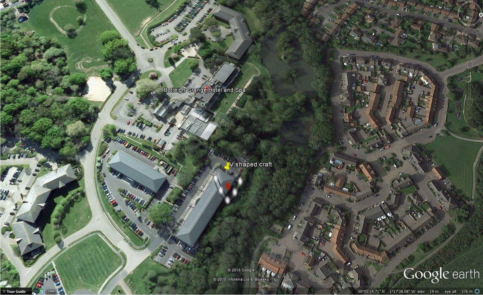 This Arial view shows just how Large the craft was compared to the building/surrounding area & the hotel over to the left